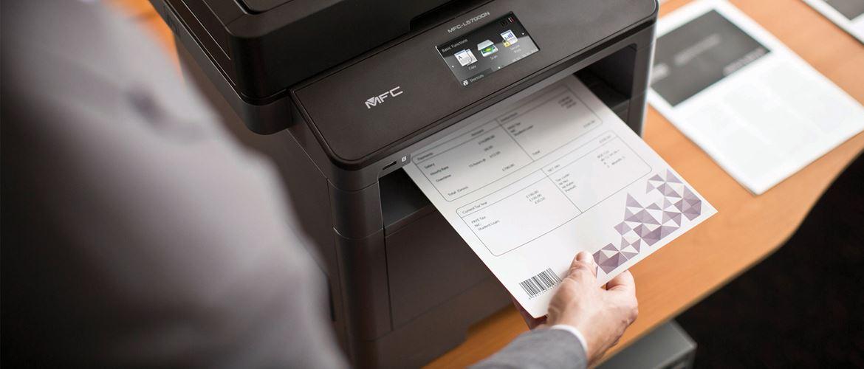 Mono laserová tiskárna MFC-L5700DN tiskne dokument s čárovým kódem