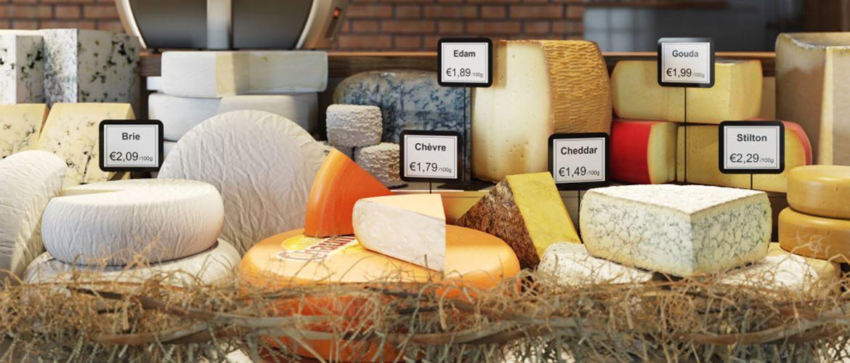 pult v obchode, označenie rôznych druhov syra
