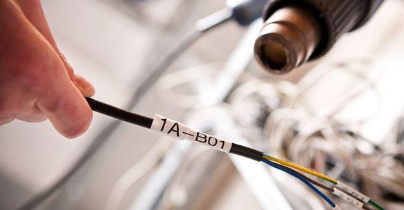 Brother HSe termoskupljajuća cijev primijenjena na kabel