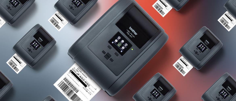 Viele Brother TD-4T RFID-Desktopdrucker mit Ausdruck, Ansicht von oben, farbiger Hintergrund