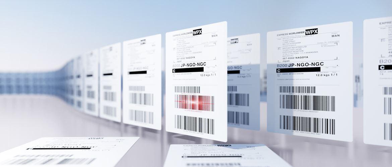 Brother Versand-Etiketten mit Barcodes, nebeneinander stehend