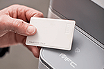 MFC-L6800DWT mit integriertem NFC-Kartenleser