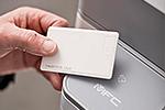 MFC-L6900DW mit integriertem NFC-Kartenleser