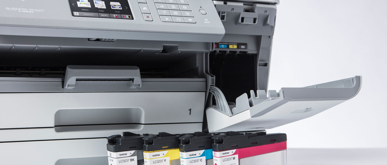 Detalle impresora multifunción tinta MFC-J6945DW Brother