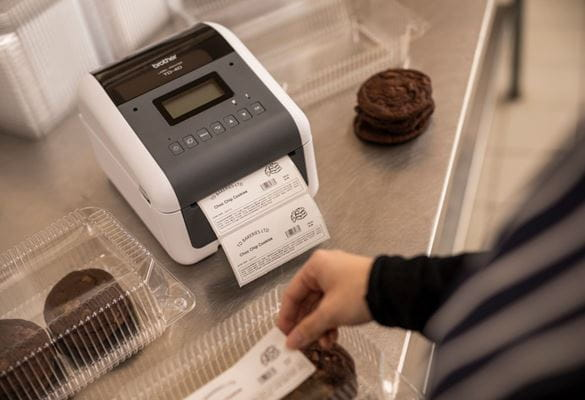 Impresora de etiquetas térmica directa TD Brother