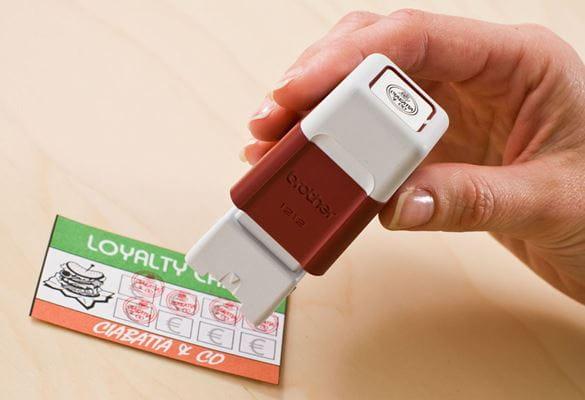 Sello de caucho Brother rojo para tarjetas de fidelización
