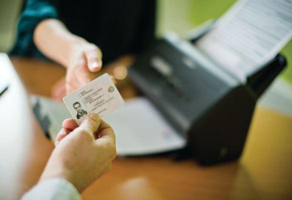 Escáner Brother para gestión de pedidos y clientes en comercios