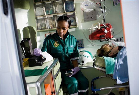 Soluciones de impresión portátil Brother para técnicos de emergencias sanitarias