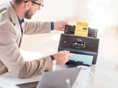 Escáner Brother con Barcode Utility