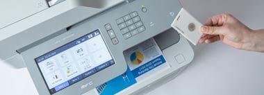Impresión segura con tarjeta NFC