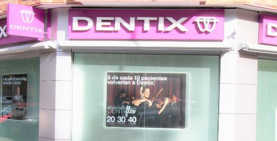 Escaparate Clínica Dentix