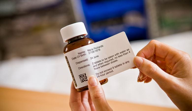 Etiqueta en frasco de medicamentos