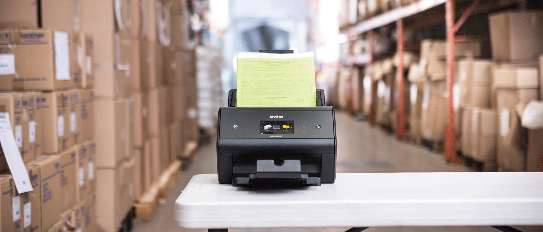 ADS-3600W szkenner raktári környezetben