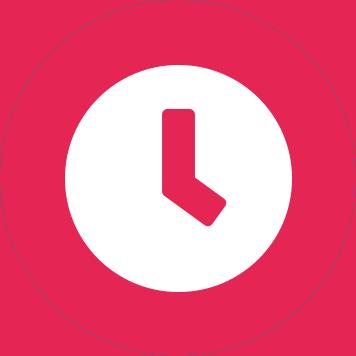Biała ikona zegara na różowym tle w kształcie koła