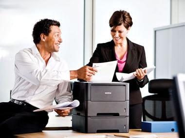 Environnement de bureau et imprimante Brother