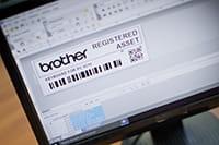 PT-D800W label design on PC screen