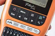 PT-E110 taste cu funcții dedicate