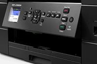 Kontrollpanelet på en Brother DCPJ1050DW multifunksjon blekkskriver med en brukervennlig 4,5 cm LCD berøringsskjerm