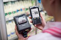 Imprimantă RJ și dispozitiv mobil în magazin
