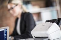 """""""Dokumentna skenerja Brother ADS-2200 in ADS-2700W za pisarniško rabo"""""""