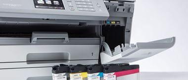 Zoom sur l'imprimante multifonction jet d'encre MFC-J6945DW de Brother