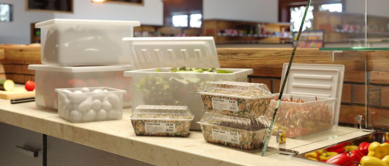 Plusieurs aliments emballés sont disposés côté à côte