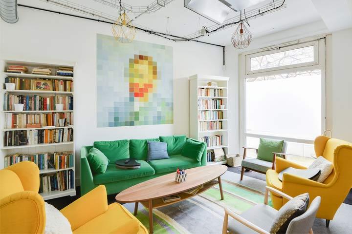 Nextdoor l'espace de coworking haut en couleurs