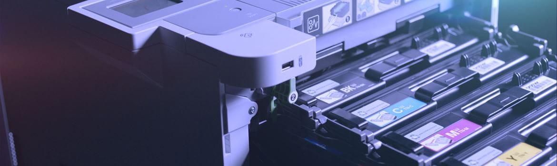 Imprimante professionnelle Brother HL-L9310CDW avec cartouches de toner extraites de l'imprimante
