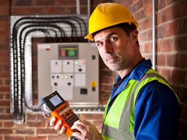 électricien étiqueteuse