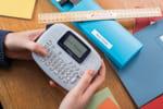 Etiquetez les vetements de vos enfants avec la PT-M95