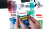 L'étiqueteuse PT-P700 est idéale pour les métiers de la recherche et de la santé