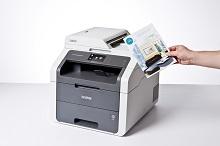 Foglio a colori stampato con stampante multifunzione laser LED a colori Brother DCP9020CDW