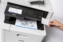 Stampa da card NFC con stampante multifunzione laser a colori Brother MFCL8900CDW