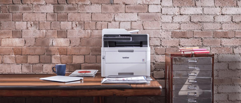 Brother DCP-L3550CDW splavotas lazerinis spausdintuvas ant stalo