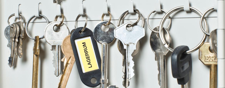 Nycklar och en etikett på en nyckelring