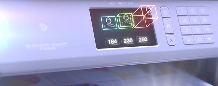 Brother MFC-J6947DW profesjonell A3 og A4 blekkskriver med ikoner som spretter ut fra berøringsskjermen