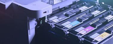HL-L9310CDW-tulostimessa näkyy värikasetteja