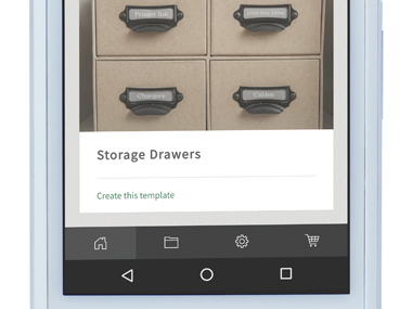 P-touch Design&Print -sovellus zoomattuna älypuhelimessa, esimerkkikäyttöä