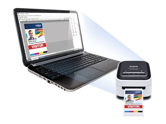 Brother VC500W etikettskriver og datamaskin