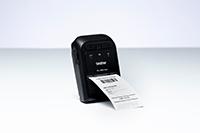 En kvittering skrives ut på en Brother RJ2035B eller RJ2055WB mobil skriver