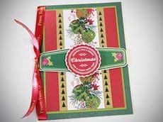 Et personlig julekort som er pyntet med fargerike etiketter som er skrevet ut på en Brother VC500W etikettskriver