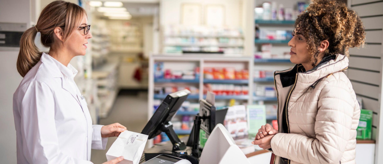 Como potenciar a seguranca e eficiencia em farmacias e laboratorios mediante a identificacao