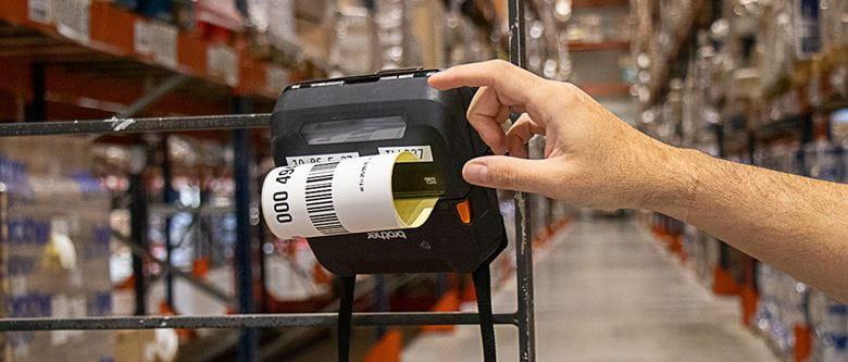Como aumentar a produtividade no setor logístico mediante a impressão portátil