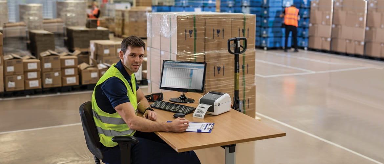 Soluções Brother para o gestão do armazém no setor do retalho