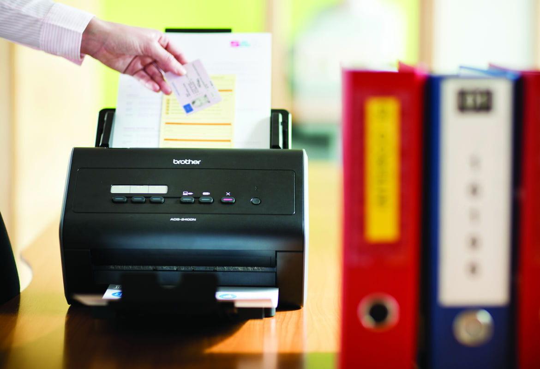 Tramitação eficiente da documentação com scanners Brother