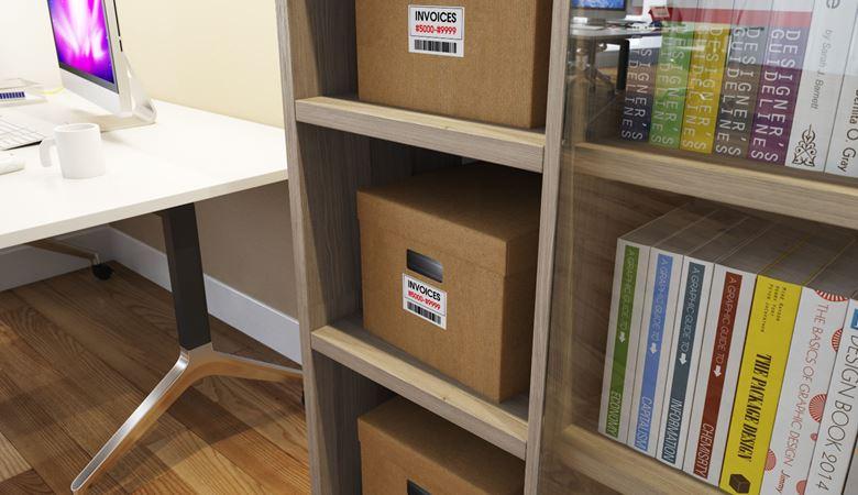 Caixas de documentos con etiquetas