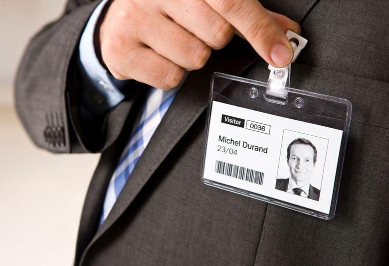 Etiquetas Brother para gestão de visitantes