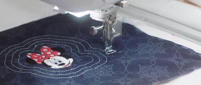Borduurwerk van Minnie Mouse