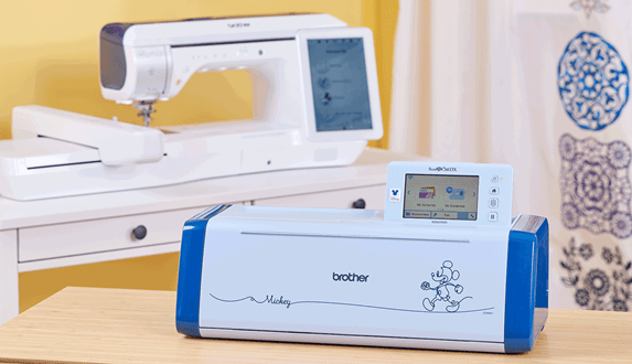 Brother Innov-is XP1 et ScanNCut SDX2250D