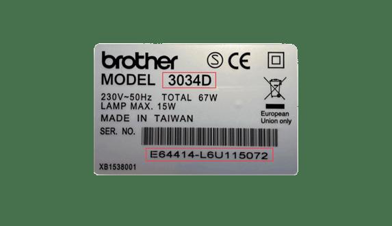 Zilveren sticker met serienummerinformatie